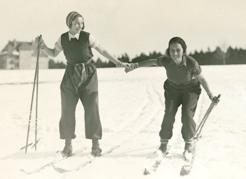 Alice and Erika  Oberhof 1932