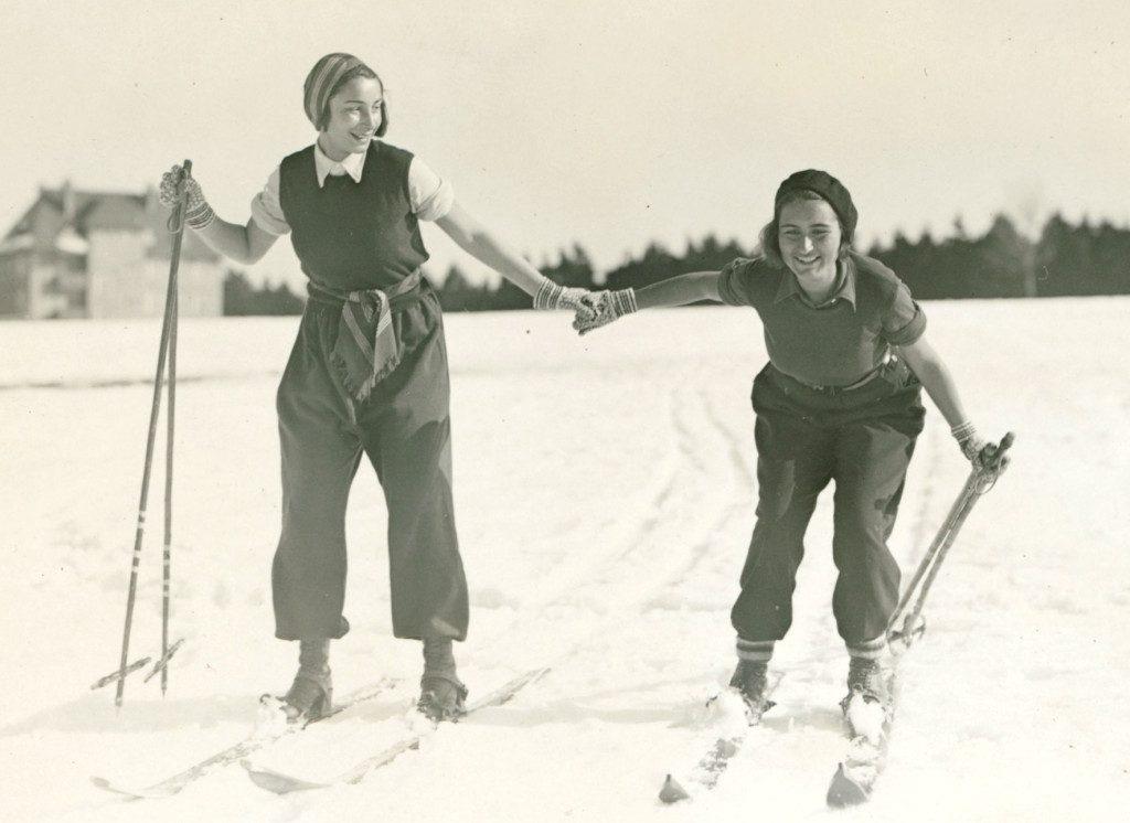 Alice and Erika  Oberhof 1932